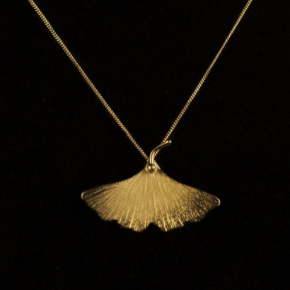 al_photo_ps_0543_pendentif_feuille_gingko_or-1.jpg